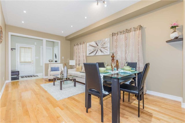 Detached at 1031 Eager Rd, Milton, Ontario. Image 17