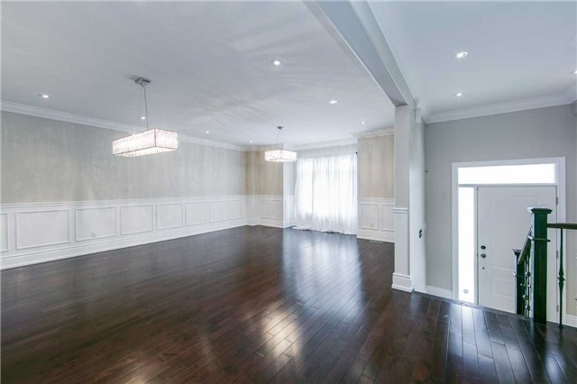Detached at 19 Connorvale Ave, Toronto, Ontario. Image 9