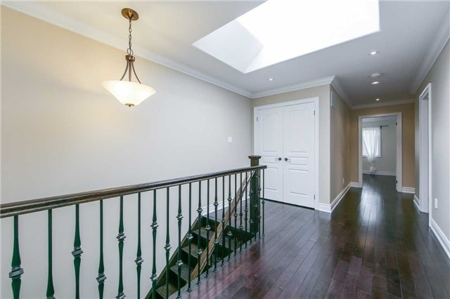 Detached at 19 Connorvale Ave, Toronto, Ontario. Image 14