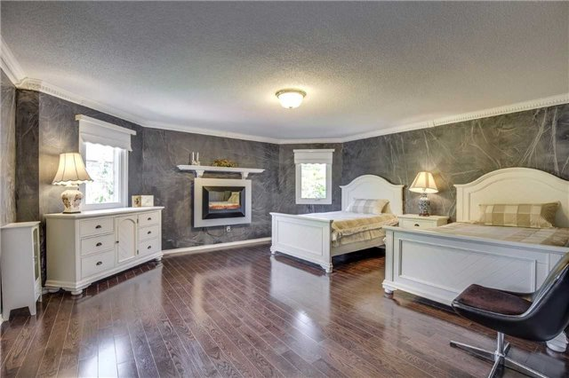 Detached at 3289 Turnstone Cres, Mississauga, Ontario. Image 16