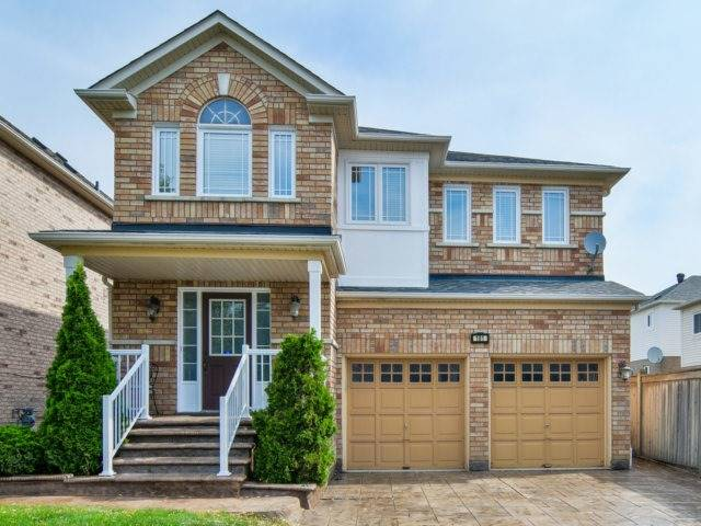 Detached at 161 Queen Mary Dr, Brampton, Ontario. Image 1