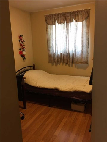 Condo Townhouse at 9 Bur Oak Way, Unit Unit #6, Toronto, Ontario. Image 7