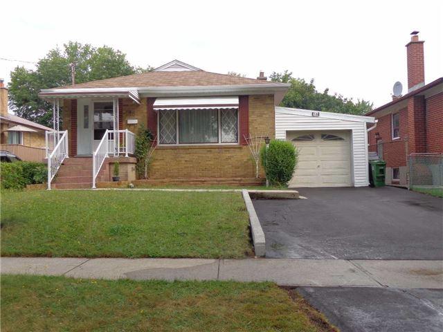 Detached at 16 Benway Dr, Toronto, Ontario. Image 1
