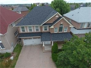 Detached at 1415 Pine Glen Rd, Oakville, Ontario. Image 7