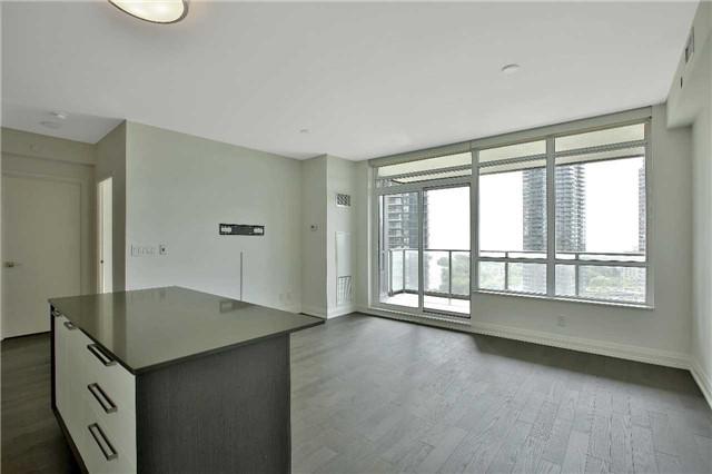 Condo Apartment at 36 Park Lawn Rd, Unit 1403, Toronto, Ontario. Image 15
