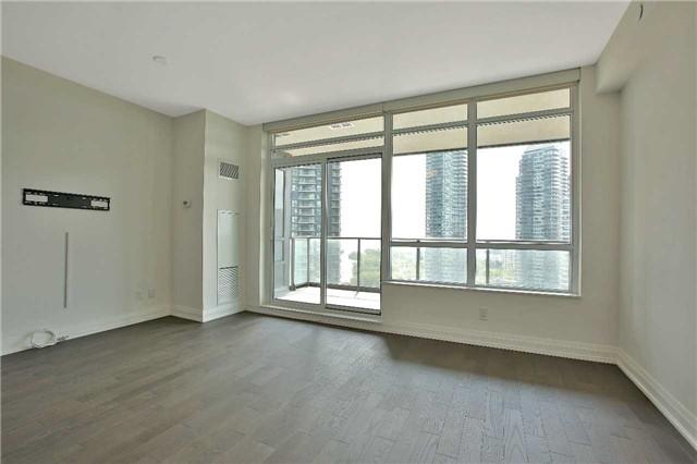 Condo Apartment at 36 Park Lawn Rd, Unit 1403, Toronto, Ontario. Image 16