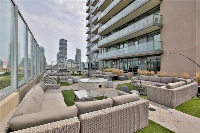 Condo Apartment at 36 Park Lawn Rd, Unit 1403, Toronto, Ontario. Image 13