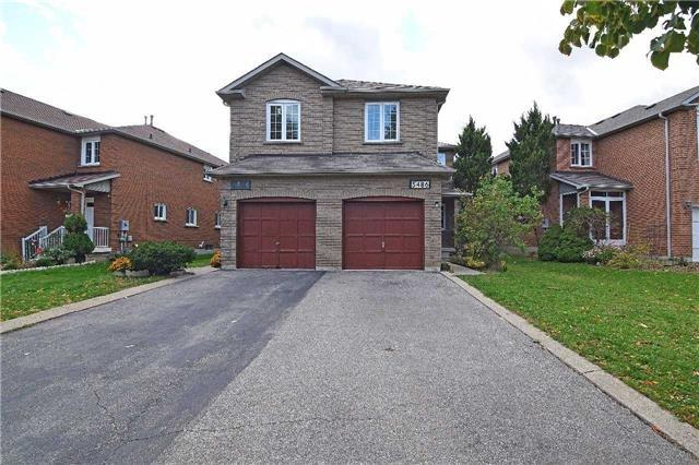 Semi-detached at 5486 Cosmic Cres, Mississauga, Ontario. Image 1