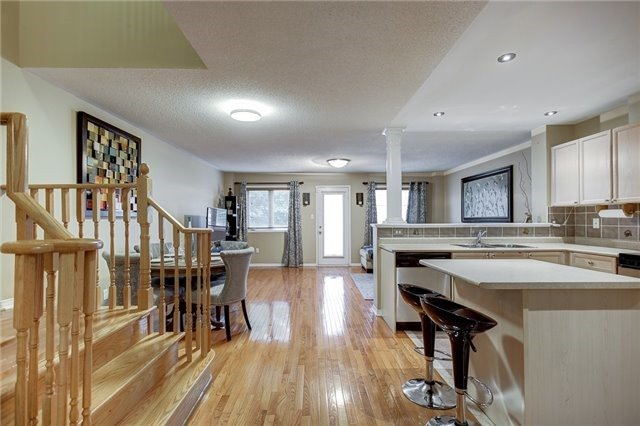 Semi-detached at 40 San Gabriele Pl, Toronto, Ontario. Image 14