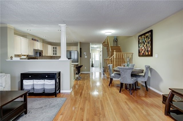 Semi-detached at 40 San Gabriele Pl, Toronto, Ontario. Image 3