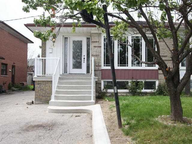 Semi-detached at 90 Cherrylawn Ave, Toronto, Ontario. Image 1
