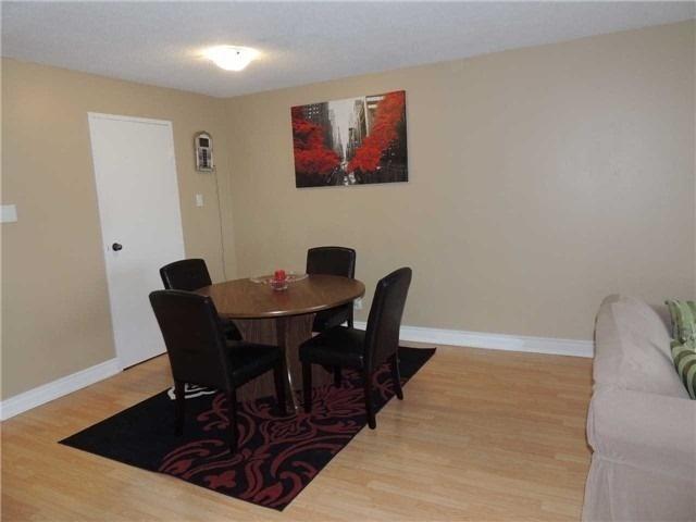 Condo Apartment at 35 Trailwood Dr, Unit 1117, Mississauga, Ontario. Image 13