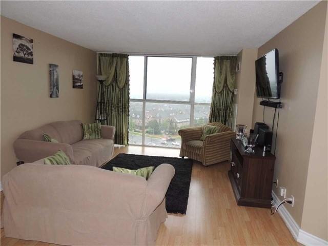 Condo Apartment at 35 Trailwood Dr, Unit 1117, Mississauga, Ontario. Image 18