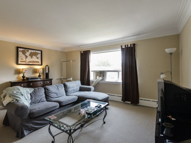 Duplex at 50 Minnewawa Rd, Mississauga, Ontario. Image 14