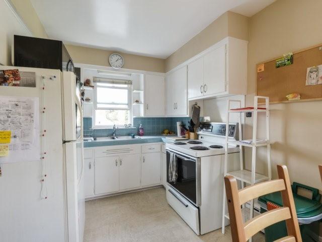 Duplex at 50 Minnewawa Rd, Mississauga, Ontario. Image 15