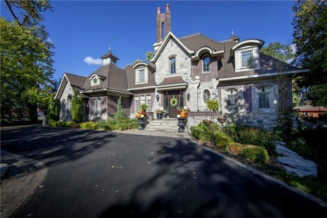 Detached at 1305 Indian Rd, Mississauga, Ontario. Image 1