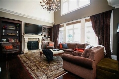 Detached at 1305 Indian Rd, Mississauga, Ontario. Image 18