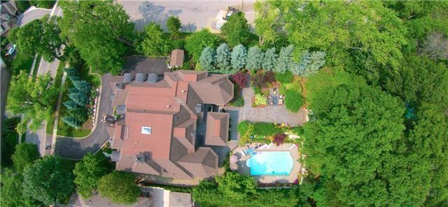 Detached at 1305 Indian Rd, Mississauga, Ontario. Image 13