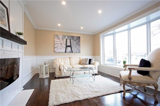 Detached at 47 Heslop Rd, Milton, Ontario. Image 13