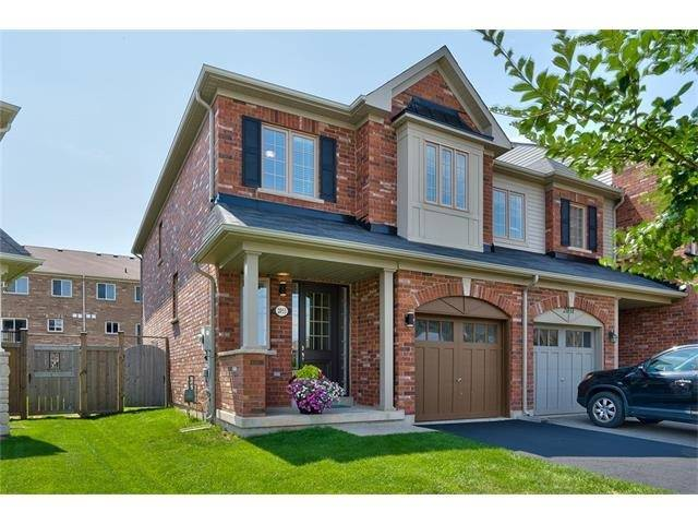 Townhouse at 2053 Fiddlers Way, Oakville, Ontario. Image 11