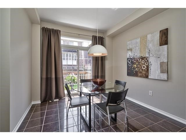 Townhouse at 2053 Fiddlers Way, Oakville, Ontario. Image 17