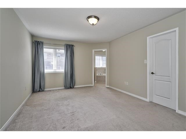 Townhouse at 2053 Fiddlers Way, Oakville, Ontario. Image 4