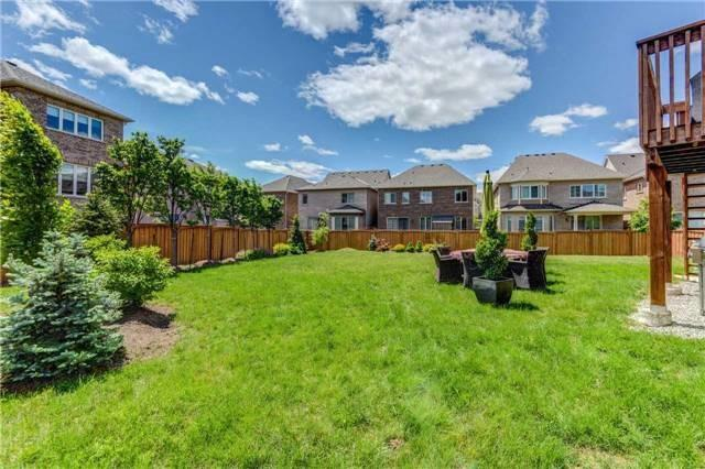 Detached at 166 Mcwilliams Cres, Oakville, Ontario. Image 10