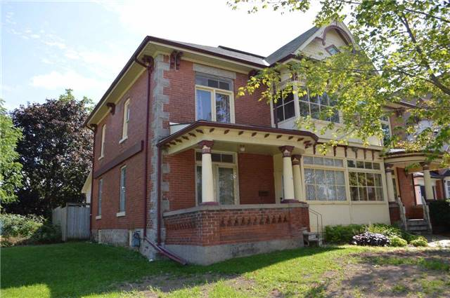 Semi-detached at 14 First Ave, Orangeville, Ontario. Image 1