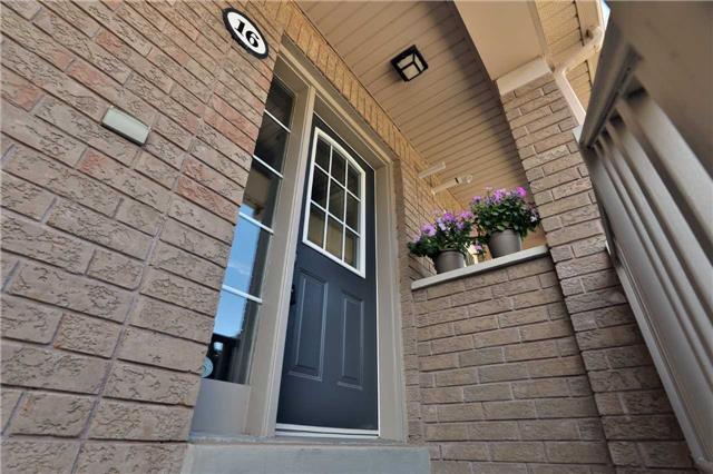 Condo Townhouse at 2361 Parkhaven Blvd, Unit 16, Oakville, Ontario. Image 12