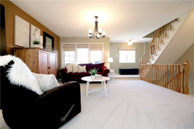 Condo Townhouse at 2361 Parkhaven Blvd, Unit 16, Oakville, Ontario. Image 17