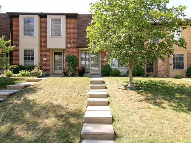 Condo Townhouse at 3021 Glencrest Rd, Unit 20, Burlington, Ontario. Image 12