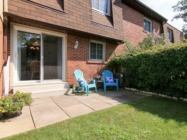 Condo Townhouse at 3021 Glencrest Rd, Unit 20, Burlington, Ontario. Image 11