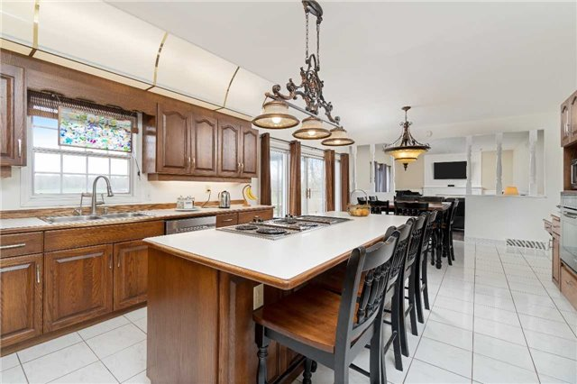 Detached at 11701 Guelph Line, Milton, Ontario. Image 3