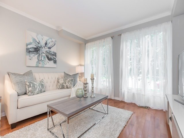 Townhouse at 5846 Tenth Line W, Mississauga, Ontario. Image 14
