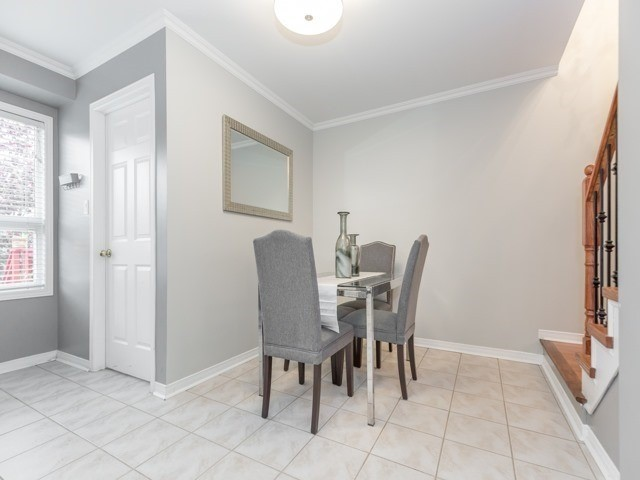 Townhouse at 5846 Tenth Line W, Mississauga, Ontario. Image 16