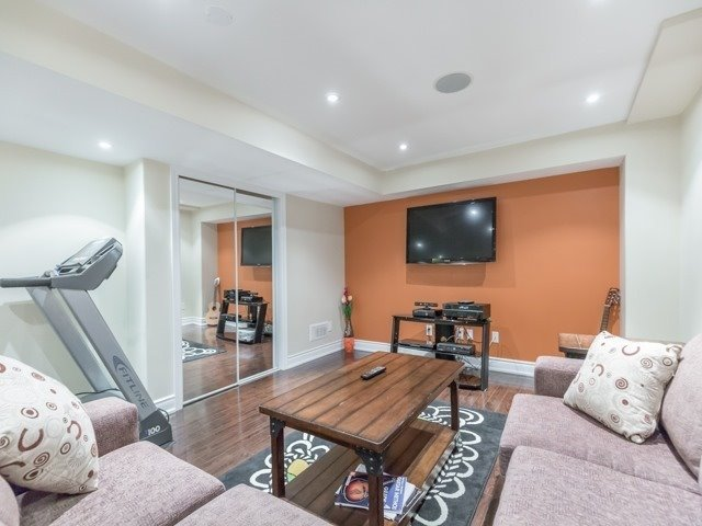 Townhouse at 5846 Tenth Line W, Mississauga, Ontario. Image 17