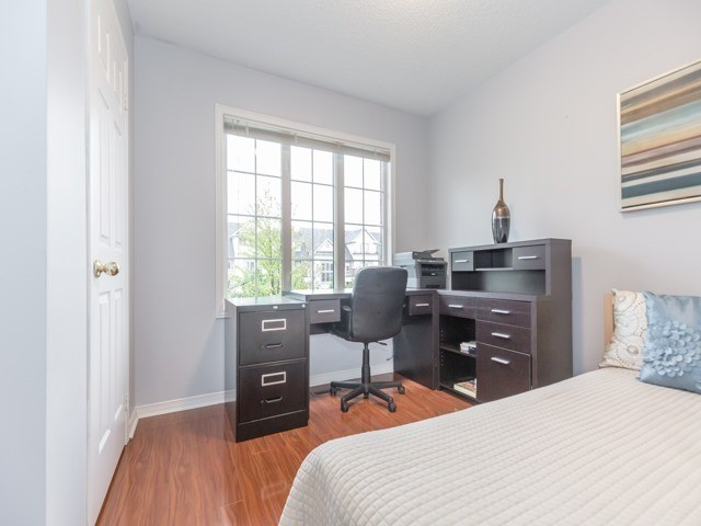 Townhouse at 5846 Tenth Line W, Mississauga, Ontario. Image 20