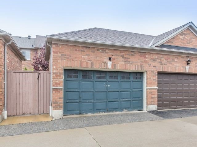 Townhouse at 5846 Tenth Line W, Mississauga, Ontario. Image 13