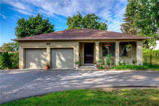 Detached at 272 Third Line, Oakville, Ontario. Image 1