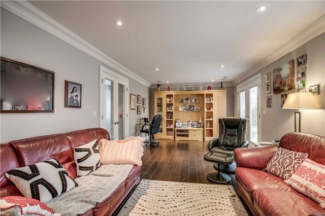 Detached at 272 Third Line, Oakville, Ontario. Image 5