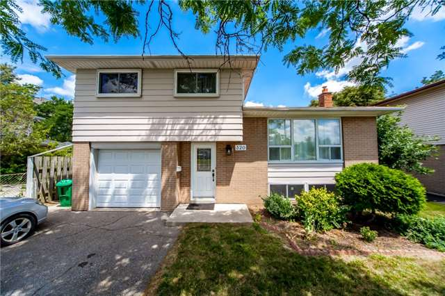 Detached at 320 Bartley Bull Pkwy, Brampton, Ontario. Image 1