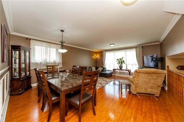 Detached at 320 Bartley Bull Pkwy, Brampton, Ontario. Image 13