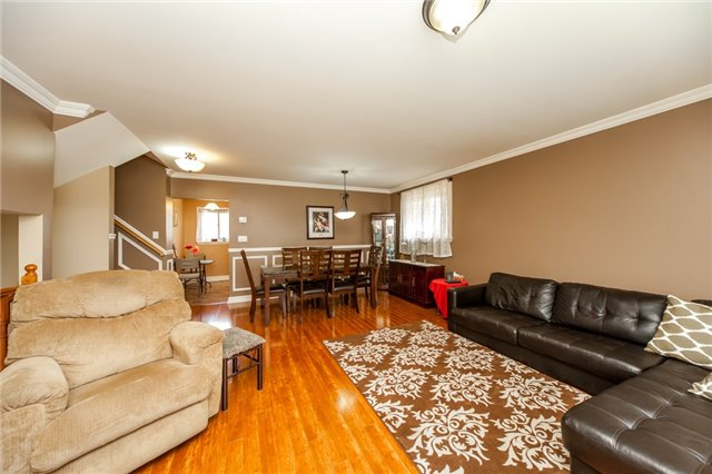 Detached at 320 Bartley Bull Pkwy, Brampton, Ontario. Image 16
