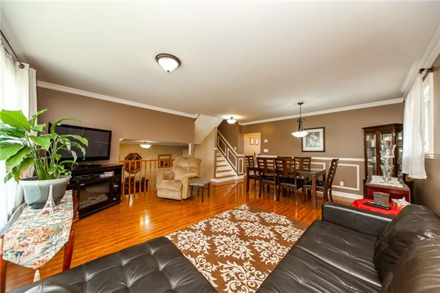 Detached at 320 Bartley Bull Pkwy, Brampton, Ontario. Image 17