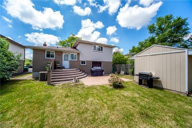 Detached at 320 Bartley Bull Pkwy, Brampton, Ontario. Image 10