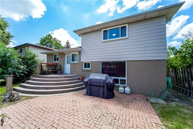 Detached at 320 Bartley Bull Pkwy, Brampton, Ontario. Image 11