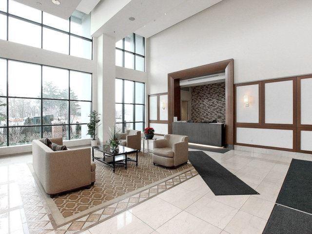 Condo Apartment at 100 John St, Unit 1001, Brampton, Ontario. Image 17
