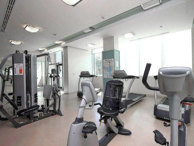Condo Apartment at 100 John St, Unit 1001, Brampton, Ontario. Image 20