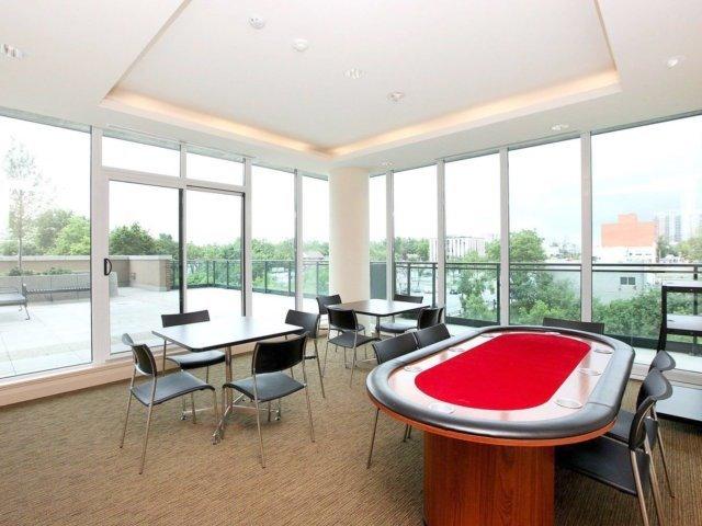 Condo Apartment at 100 John St, Unit 1001, Brampton, Ontario. Image 3