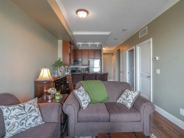 Condo Apartment at 100 John St, Unit 1001, Brampton, Ontario. Image 8